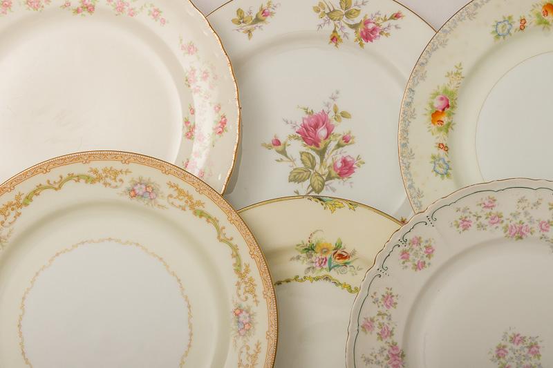 Vintage Mixed Fl China Plates Dinner